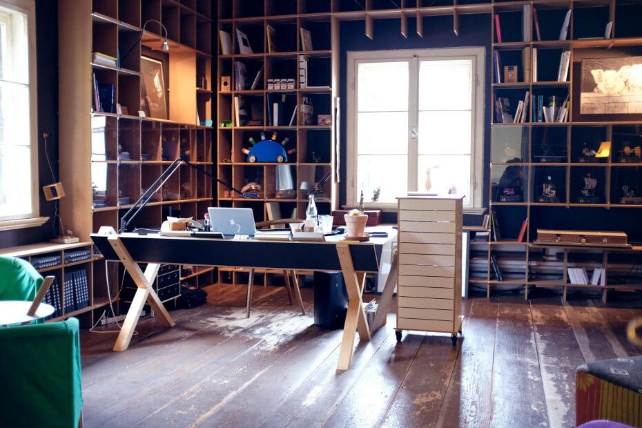 Beitrag zu Nils Holger Moorman von EightyNine, Agentur für Corporate Design und Grafik in St.Gallen, Schweiz